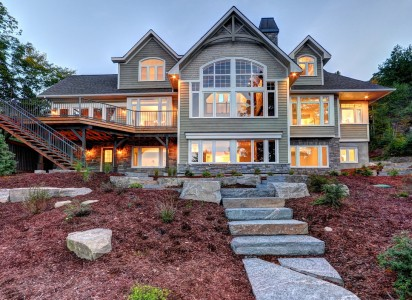 custom cottage builders muskoka